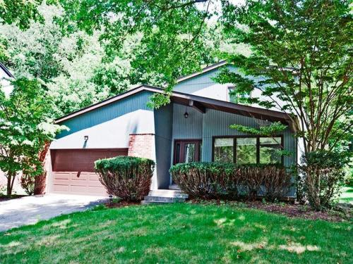 202 Ohara Manor Dr Photo 1