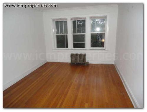 4535 N Leavitt Street Photo 1