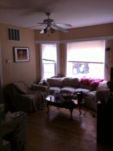 851 W Cornelia Avenue Photo 1