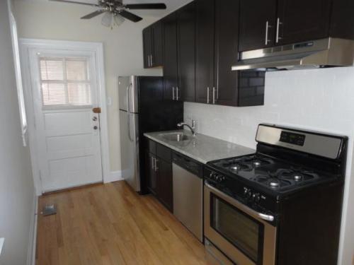 3618 N Marshfield Avenue Photo 1