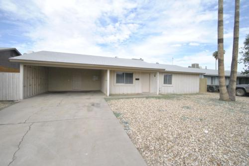 8638 W Piccadilly Road Photo 1