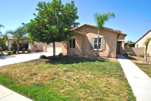 33404 Gypsum Street Photo 1