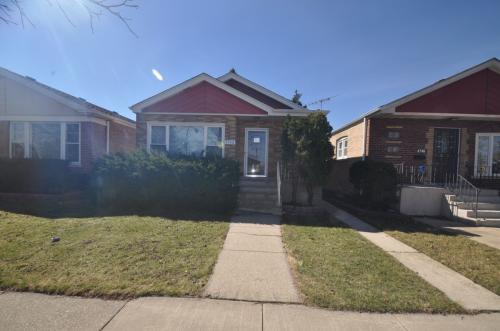 4748 S Leamington Avenue Photo 1