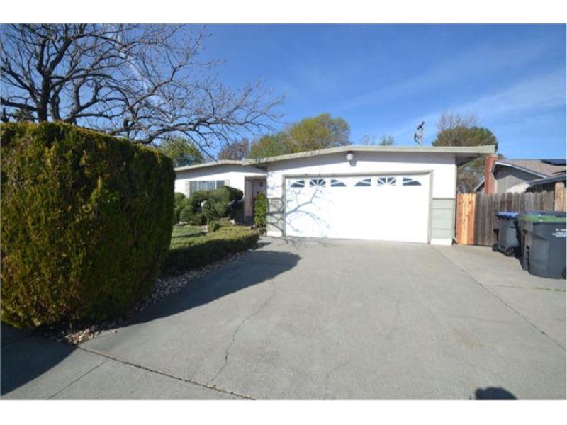 200 Santa Cruz Drive, Fairfield, CA 94533 | HotPads