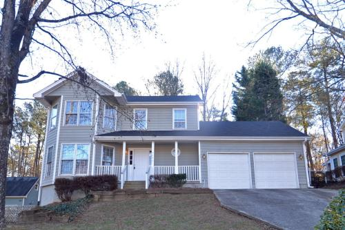 4846 High Forest Drive Photo 1