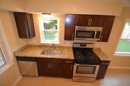 8338 N Osceola Avenue Photo 1