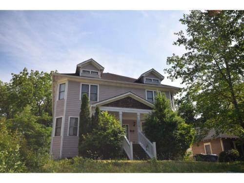 1270 Sells Ave SW #A Photo 1