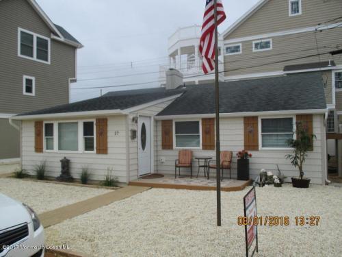 27 S Beach Drive Photo 1