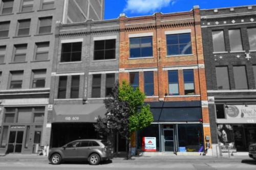 611 S Main St Photo 1