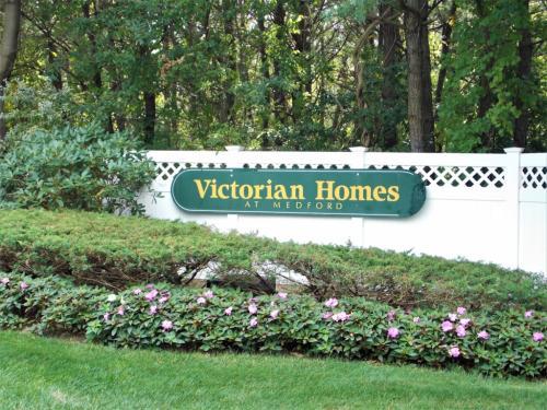 35 Victorian Ln Photo 1