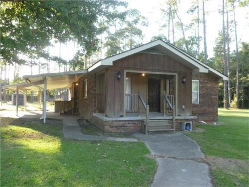 157 Hoover Dr Photo 1
