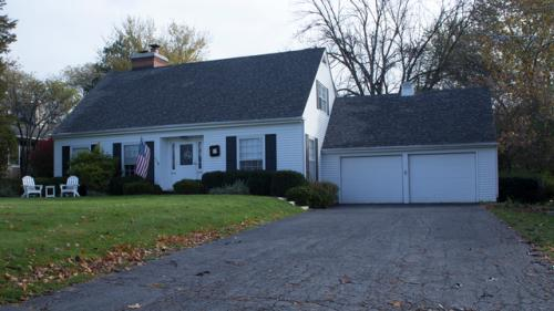 739 S Country Drive Photo 1