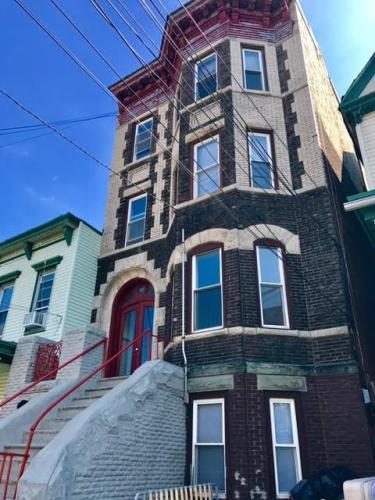 109 North Street #2 Photo 1