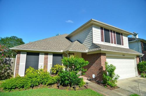 16915 Lighthouse View Drive Photo 1