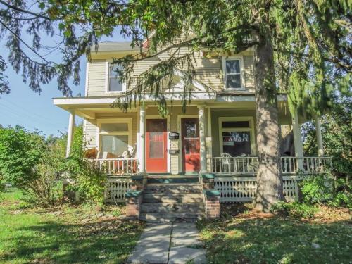 516 Pearl Street Photo 1