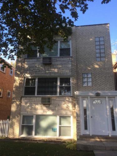 5914 W Gunnison Street #2 Photo 1
