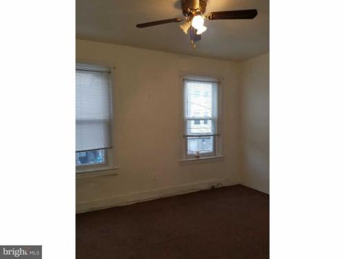 3140 N Rosewood Street Photo 1