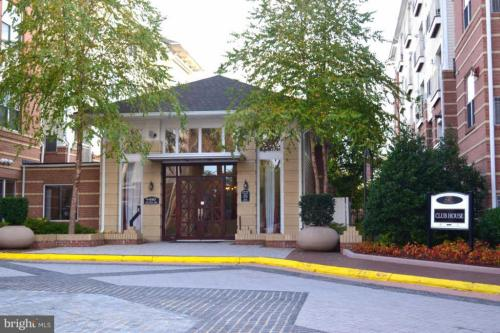 9486 Virginia Center Boulevard Photo 1