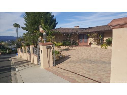 3906 Westfall Drive Photo 1
