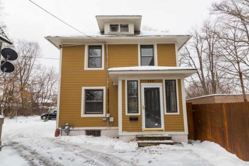 448 Saint Charles Street Photo 1