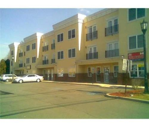 160 Durham Avenue #305 Photo 1