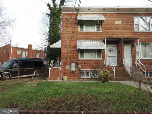 3818 Halley Terrace SE #2 Photo 1