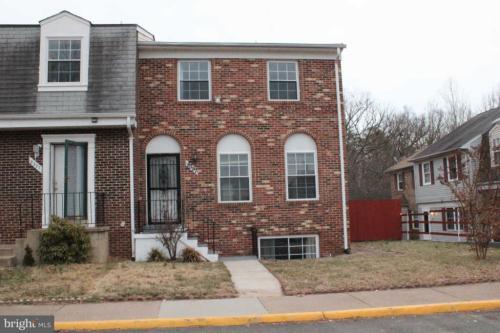 8397 Oakgrove Court Photo 1