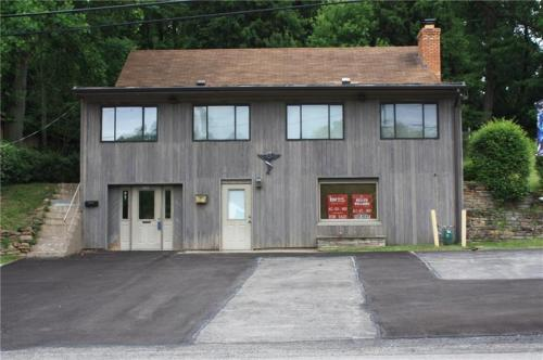 5761 Library Road Photo 1