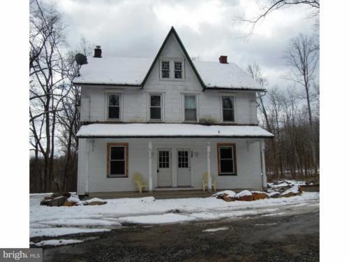 1745 Upper Ridge Road Photo 1