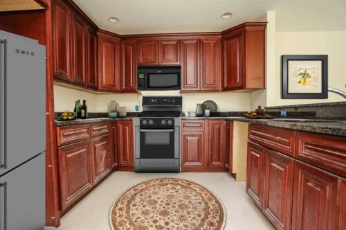 19 Kendall Pond Road #206 Photo 1