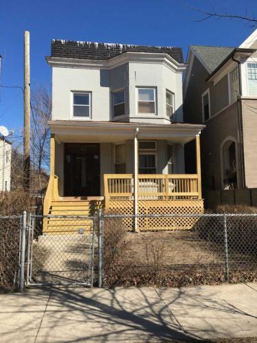 4147 N Hermitage Avenue #1 Photo 1