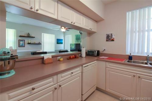 6806 W Sample Road #6806 Photo 1