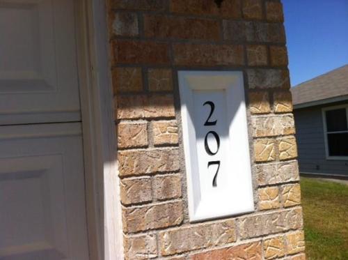 207 Decker Drive Photo 1