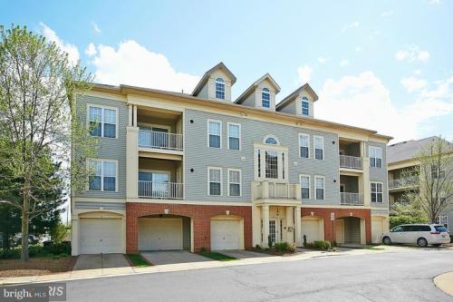 11338 Westbrook Mill Lane #303 Photo 1