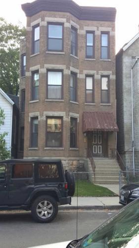 2654 N Burling Street #2 Photo 1
