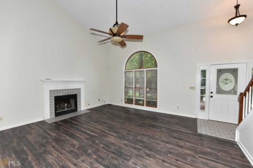 235 Tanners Court Photo 1