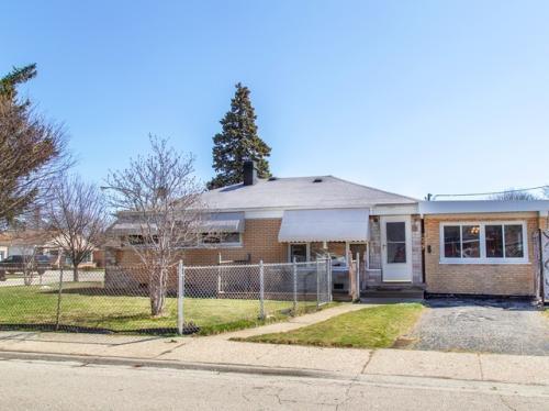 8227 S Kilpatrick Avenue Photo 1