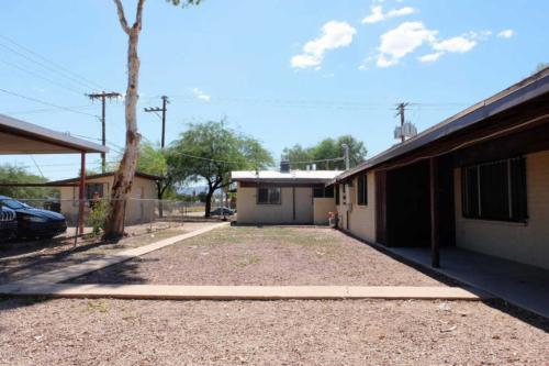 1333 W Navajo Street #4 Photo 1