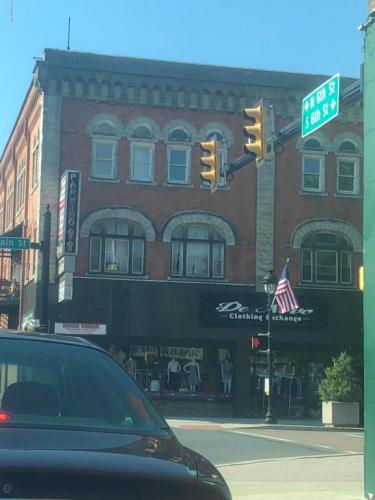 584 Main Street Photo 1