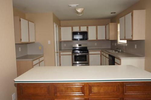 4615 Breckenridge Drive Photo 1