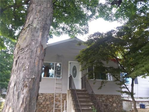150 Valley View Avenue Photo 1