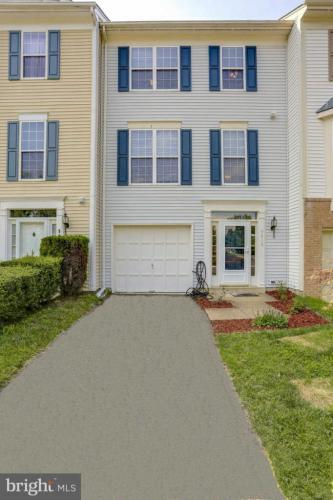 9416 Silver Meteor Court Photo 1