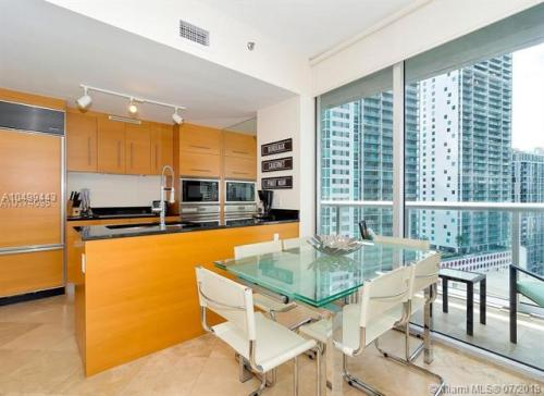 485 Brickell Avenue #1904 Photo 1