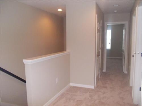 6915 Woodchase Glen Drive Photo 1