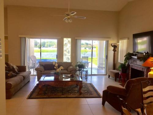 2681 Country Golf Drive Photo 1