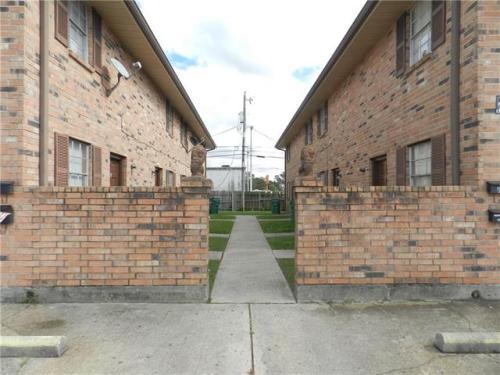 907 Dimarco Street Photo 1
