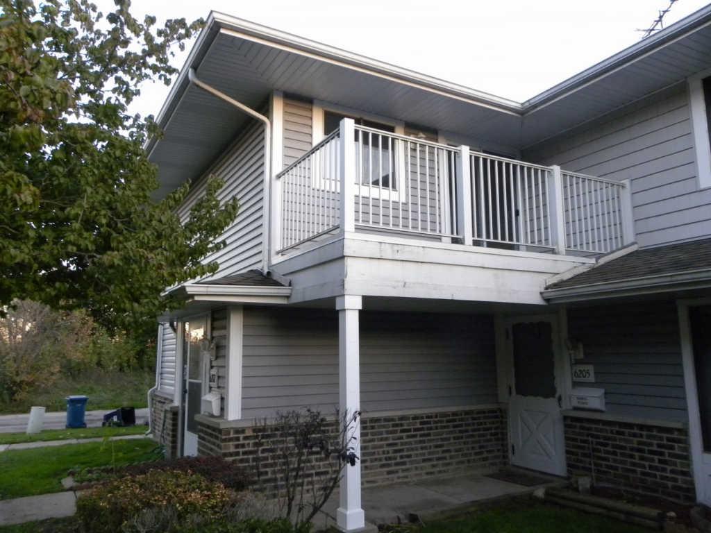 6207 Kit Carson Drive Apt 6207, Hanover Park, IL 60133 | HotPads