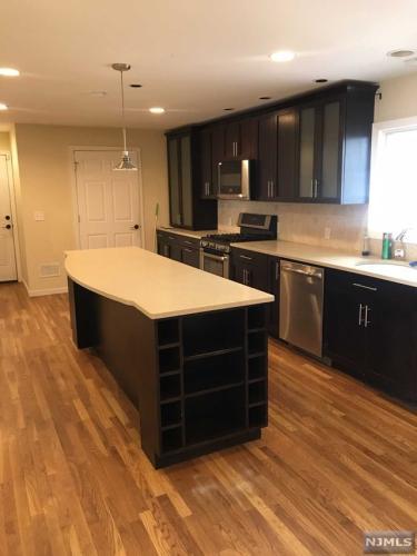 Glen Rock Nj 07452 Home For Rent 829 Lincoln Avenue Photo 1