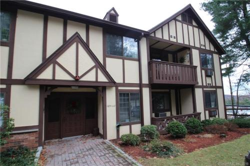stratford ct apartments for rent from 600 to 2 8k a month hotpads rh bcitc org
