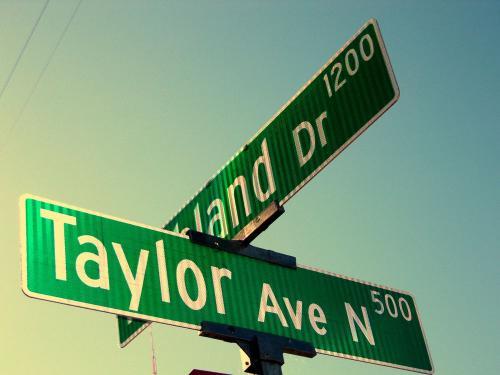 1123 Taylor Avenue N Photo 1